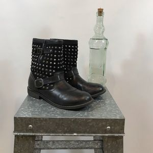 ZIGI GIRL Black Studded Ankle Boots